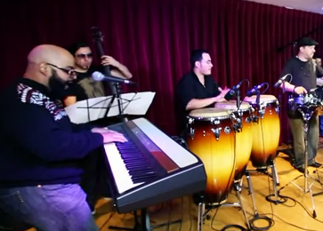"Raices Rumberas/Rumba Roots Perform ""Un Dia Sere"""
